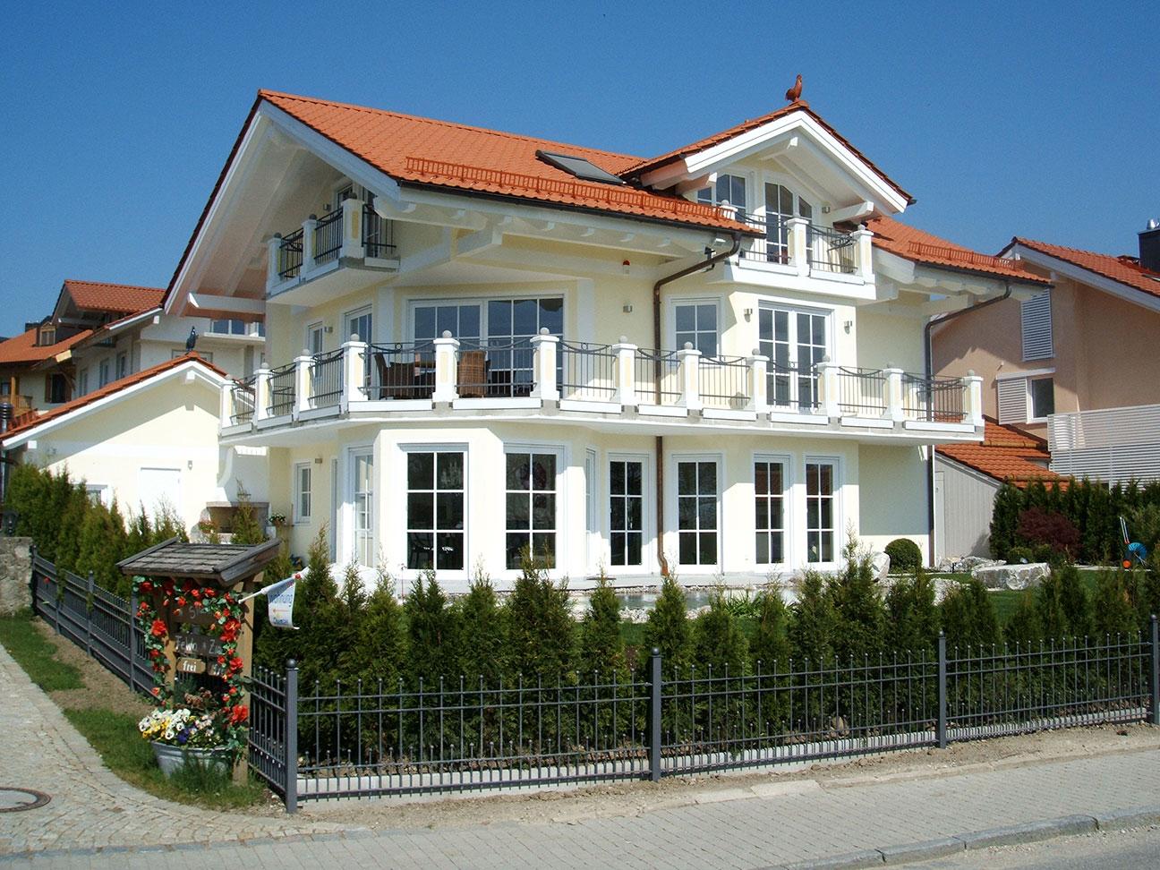 Einfamilienhaus in Gstadt